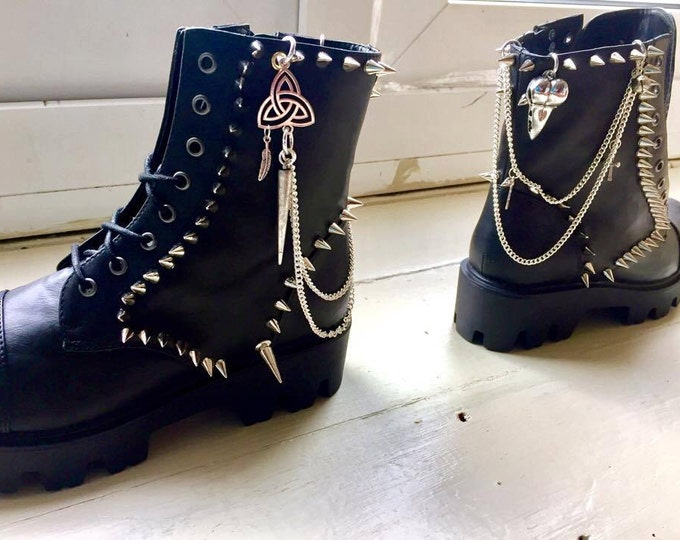 Featured listing image: Corvidae Boots