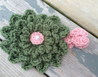 Crochet baby flower headband, pink and green headband, baby headband, baby girl photo prop, knit baby flower headband, baby gift