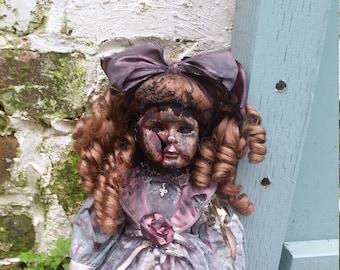 Winnie (horror doll, ooak, repainted, haunted)