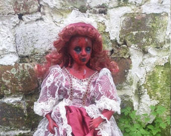 Maddelena (horror, repainted doll, ooak)