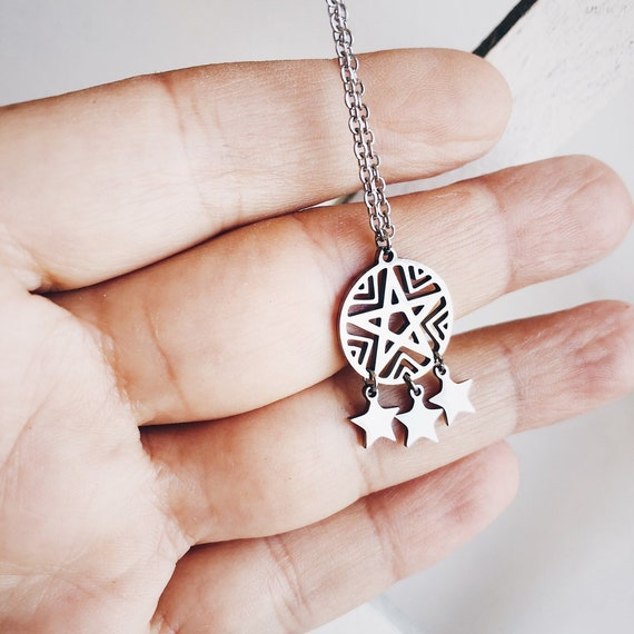 dream catcher pendant, star pendant, dreamcatcher amulet pendant, small dreamcatcher pendant, silver dreamcatcher pendant