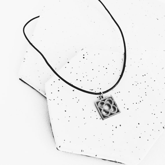 Barcelona flower pendant panot with black leather, woman gift, silver flower pendant, souvenir of the city of Barcelona