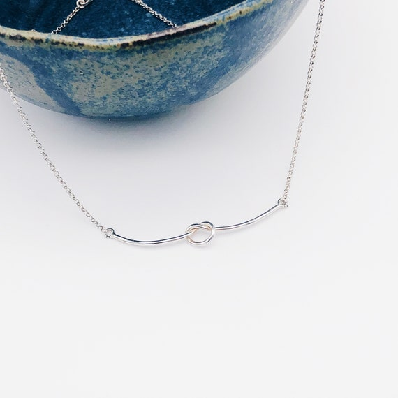 tie the knot jewelry, tie the knot chocker, silver necklace with tie the knot, silver tie the knot knot necklace, gift for mom