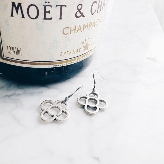 Long silver earrings panot, stainless steel earrings, barcelona flower jewelry, art-deco flower, gift for women, minimalist design, hoops.