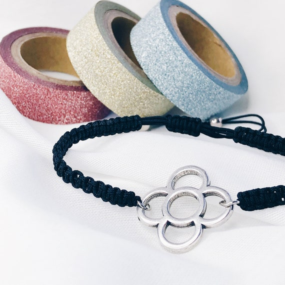 personalized string bracelet, panot bracelet, Barcelona flower thread bracelet, Barcelona gift, woven bracelet, adjustable, stackable.