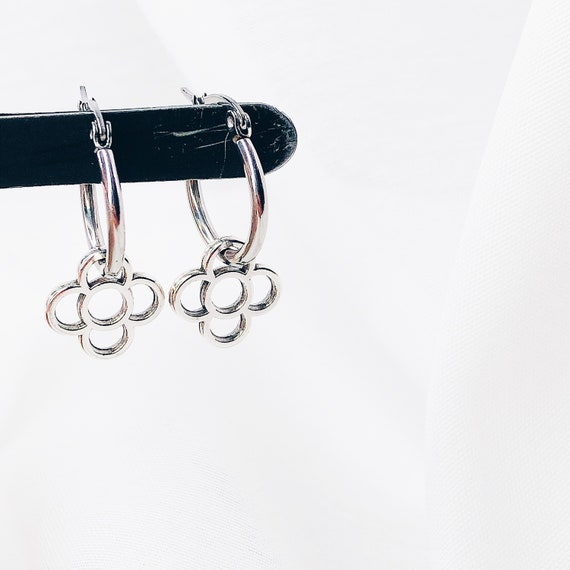 hoop earrings, Barcelona flower earrings, panot flower earrings, flower earrings, silver earrings, Barcelona earrings, medium hoops