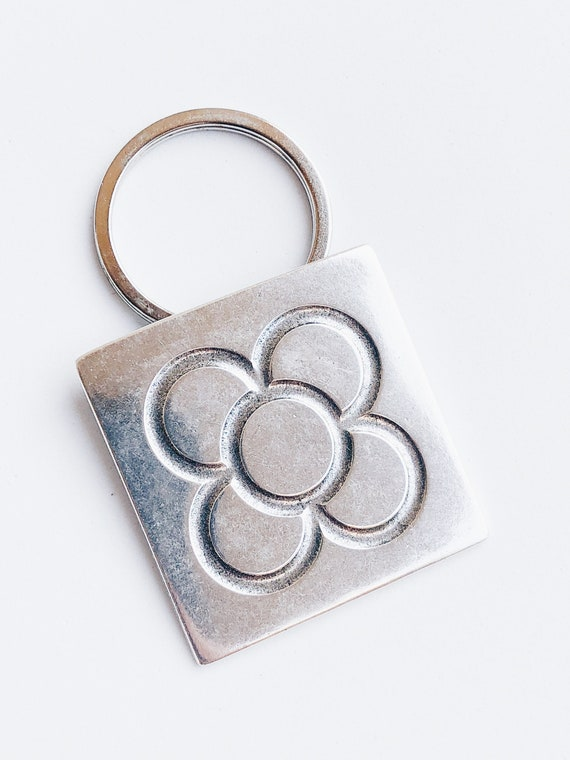 Barcelona key ring, Panot key ring, ceramic key ring, Barcelona flower tile pendant, flower key ring, Barcelona flower key ring