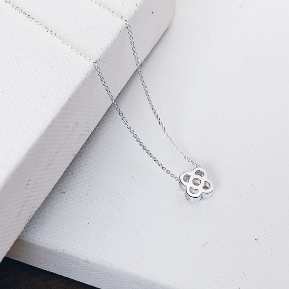 sterling silver flower pendant necklace, Barcelona panot flower necklace in sterling silver, gift for girl, gift for woman Barcelona