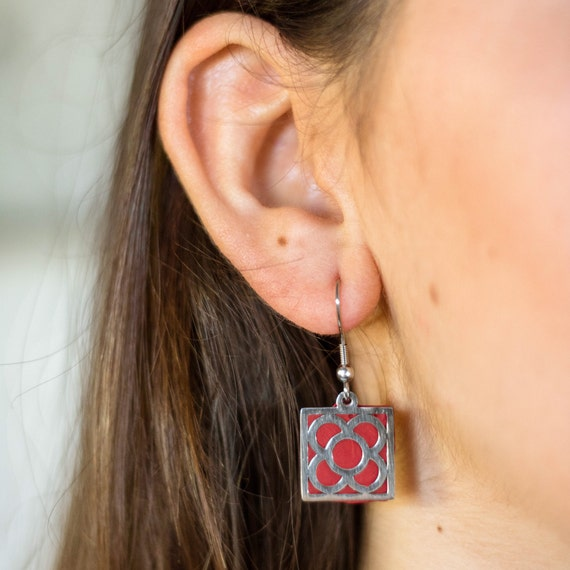 Panot earrings, Barcelona flower earring, clay red earrings, Barcelona panot earrings, Barcelona gift, panot Barcelona jewel