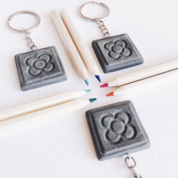 Barcelona key ring, panot pendant key ring, ceramic key ring, tile pendant, flor de Barcelona key ring, Barcelona gift