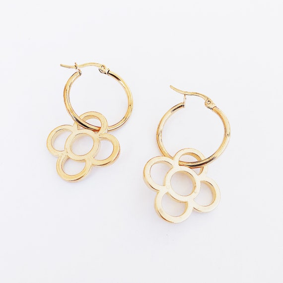 Golden fine hoop with Barcelona flower pendant, golden hoop earrings, golden Barcelona panot, Barcelona flower earrings, tile pendant.