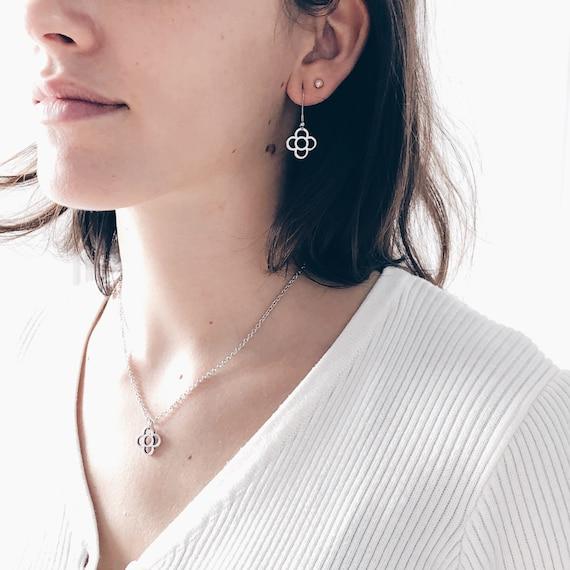 Silver earrings, Long stainless steel earrings, Women's light earrings, Nickel free earrings, Barcelona panot flower pendant
