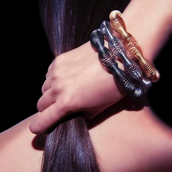 silver woman bracelet, silver wide bracelet, wide flexible bracelet, contemporary style bracelet, geometric design bracelet