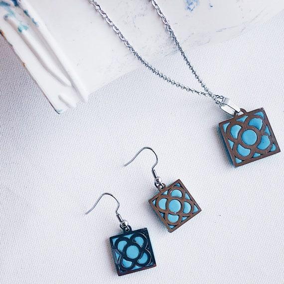 Sets Barcelona flower earrings, turquoise earrings, flower earrings, blue flower earrings, panot flower earrings, Barcelona gift