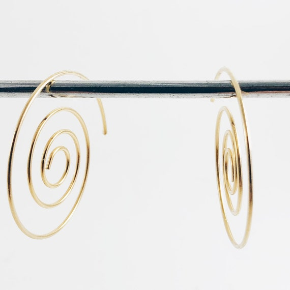 spiral earrings, hoop earrings, silver earrings, original earrings, light earrings, minimalist earrings
