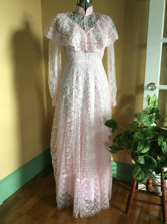 Prom Dress Wedding Gown With Bustle Lace Pink Vint
