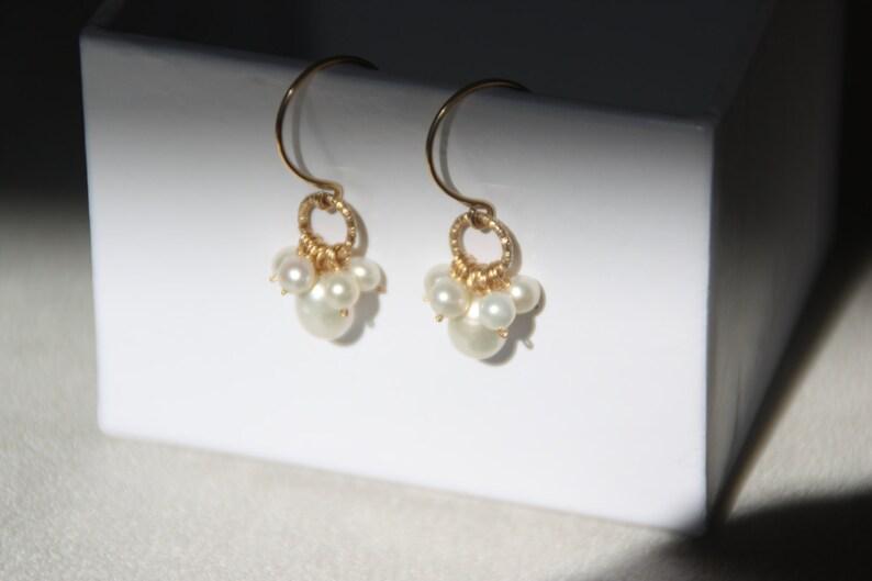 14K gold filled earrings Bridemaids earrings Pearl earrings Handmade earrings Mother/'s day Small Freshwater pearls drop earrings