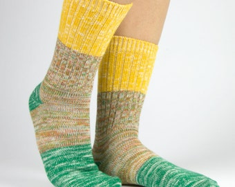 Cotton Color Block Two-Tone Threads Crew Socks for Women Yellow Green