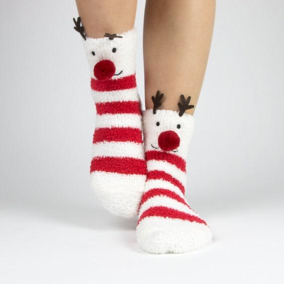 Christmas Fuzzy Socks.Reindeer And Snowflake Fuzzy Socks With Pom Pom Boxed Gift Set