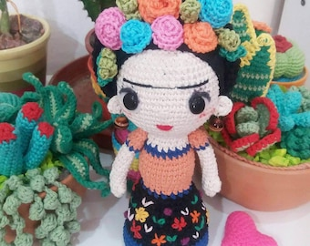 DOLL withFLOWERS, Amigurumi pattern in PDF