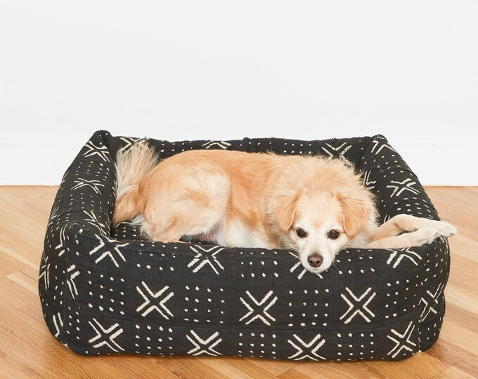 Black & White Mudcloth Nest Bed | Small