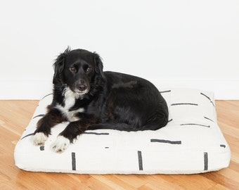 White and Black Mudcloth Dog Bed // Large