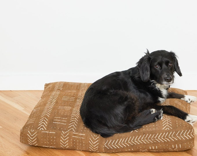 Clay Mudcloth Dog Bed // Medium