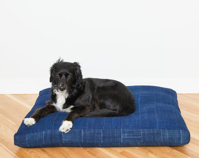 Dark Indigo Pet Bed // Large