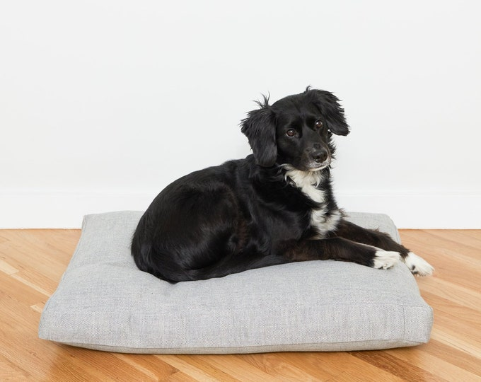 Linen Look  Perennials Outdoor Fabric Dog Bed // Medium // Fog
