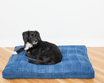 Indigo Pet Bed // Large