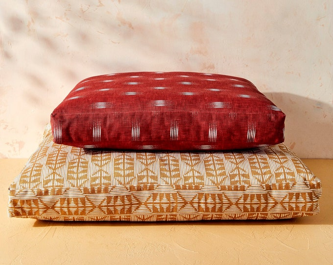 House of Harlow 1960 Creator Collab     Burgundy Ikat Dog Bed     Durable Pet Bed
