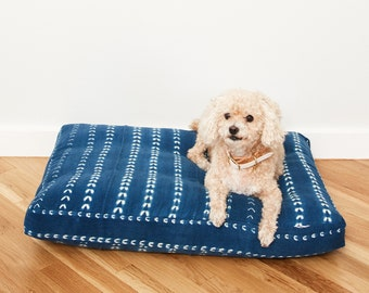 Indigo Shibori Stripe Pet Bed // Medium