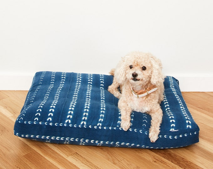 Indigo Shibori Pet Bed // Small