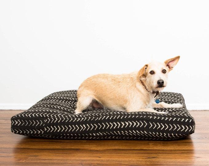 Black and White Mudcloth Dog Bed // Medium