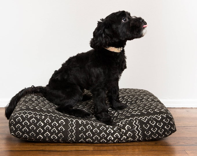 Black and White Mudcloth Dog Bed // Small