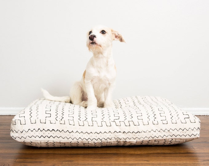 Custom Order: White and Black Mudcloth Dog Bed INSERT ONLY // XXL