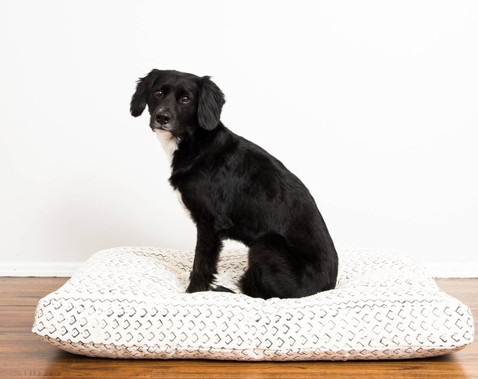 White and Black Mudcloth Dog Bed // Medium