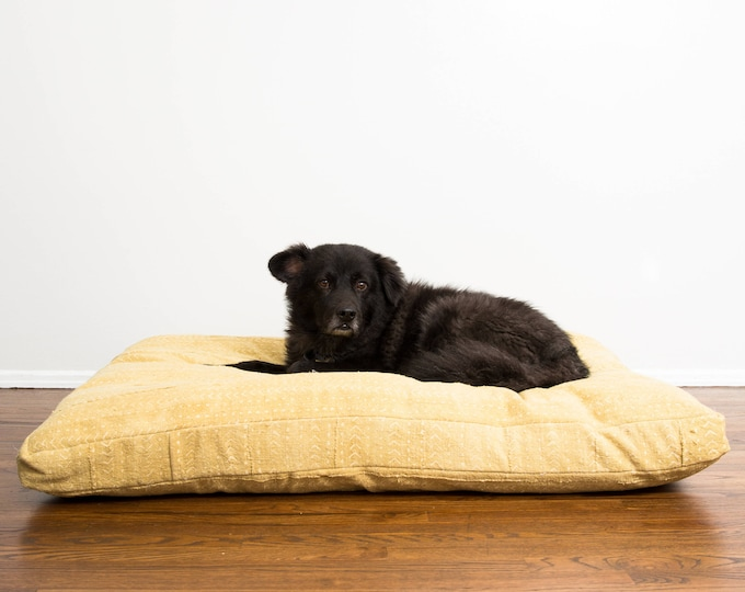 Honeycomb Mudcloth Dog Bed // Medium