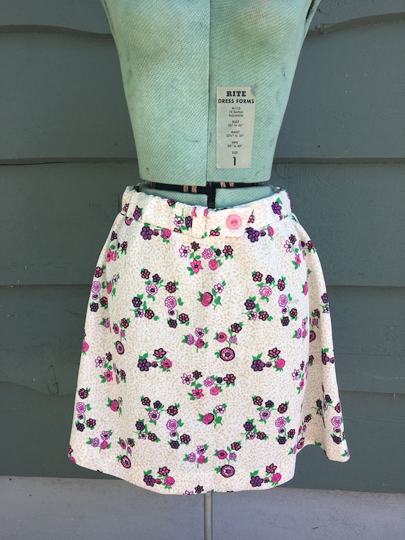 1960s floral mini skirt/ 1960s high waisted mini s
