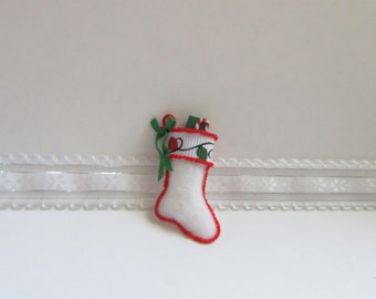 DOLLHOUSE Christmas 1:12 RED w//WHITE Cuff Miniature GINGERBREAD Man Stocking