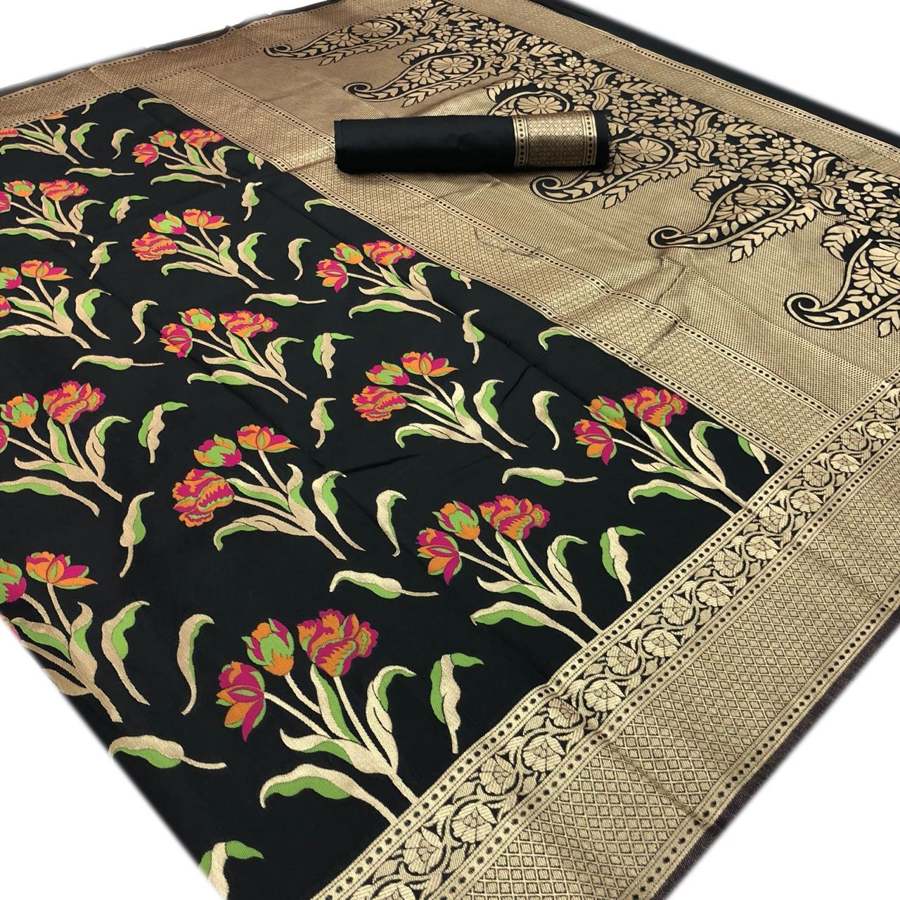X-mas spécial tissage tissage spécial de soie Saree noir embelli mariage Sari indien fil tissu Floral artisanat femmes vêtements efféminée Sarong 6 verges Scrap b95e95