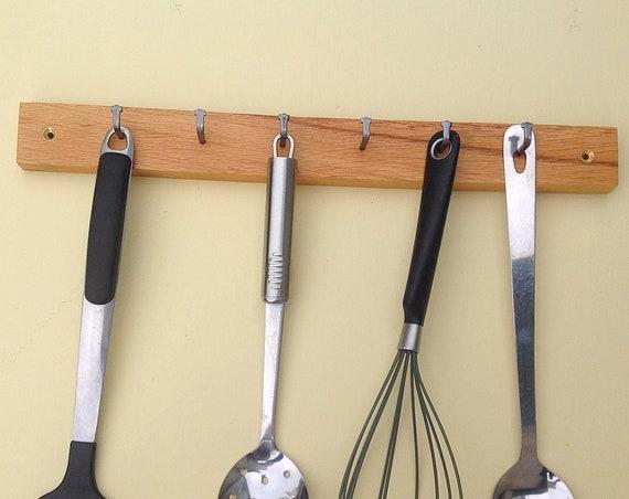 Utensil rack. Oak wood kitchen storage. Wall mounted. Sustainable wooden wall rack. 6 Pegs / Hooks. Woodland kitchen spoon organiser display