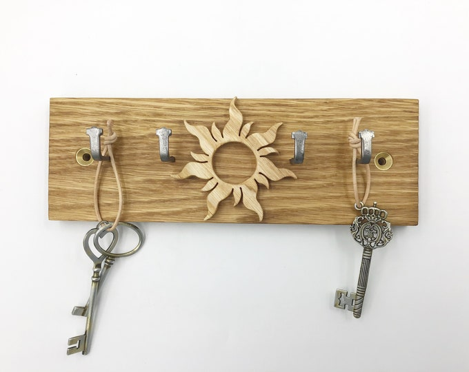 Sunshine Key rack - Reclaimed Oak Parquet Flooring - 21cm wide 4 hooks - Wall mounted Sunburst Sunshine Sun key display - Made to Order