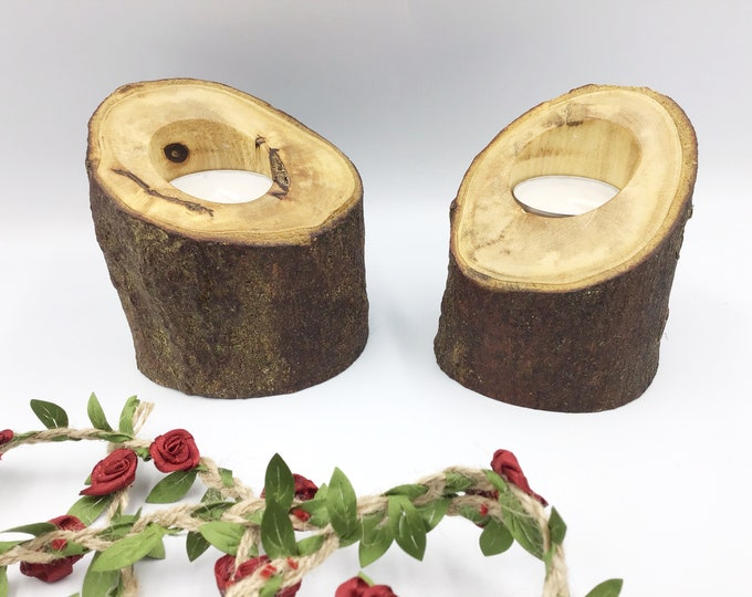 Pair of tealight candle holders - Solid wood - Live edge branch - Rustic tealight home accent / decor gift - Woodland magic for your home