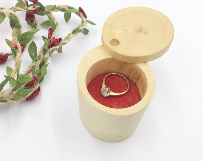 Ring box - Hazel wood ring box - Stylish engagement ring box - Scandinavian style - One off unique handmade proposal box for all ring types