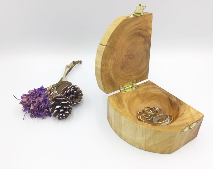 Jewellery Box - Ring or Trinket Holder - Cherry Wood - Heirloom Jewellery Box - Bedside Box - Woodland gift for daughter wife mother etc