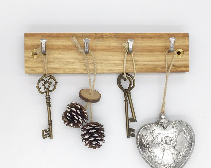 Key rack - 4 hook Oak wall mounted key rack - Simple, stylish Oak plank with hanging hooks - Solid natural wooden home decor. Sustainable