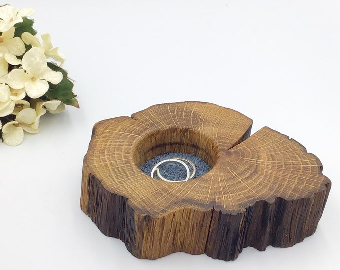 Bedside ring or trinket dish. Jewellery bowl / dish / tray. Oak wedding ring bearers box / pillow / cushion. Blue suede protective inlay