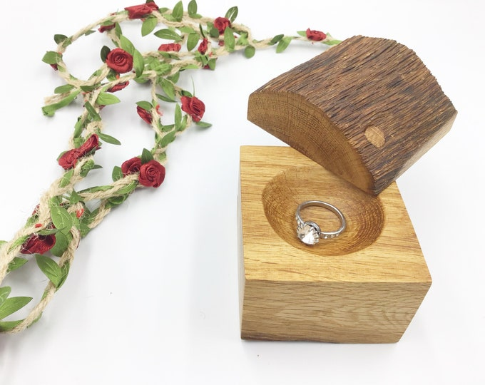 Ring Box - Large Engagement Ring Holder Box – Stylish timeless Oak wood Ring Box - Wooden Ring Box Hand carved - Proposal Presentation box