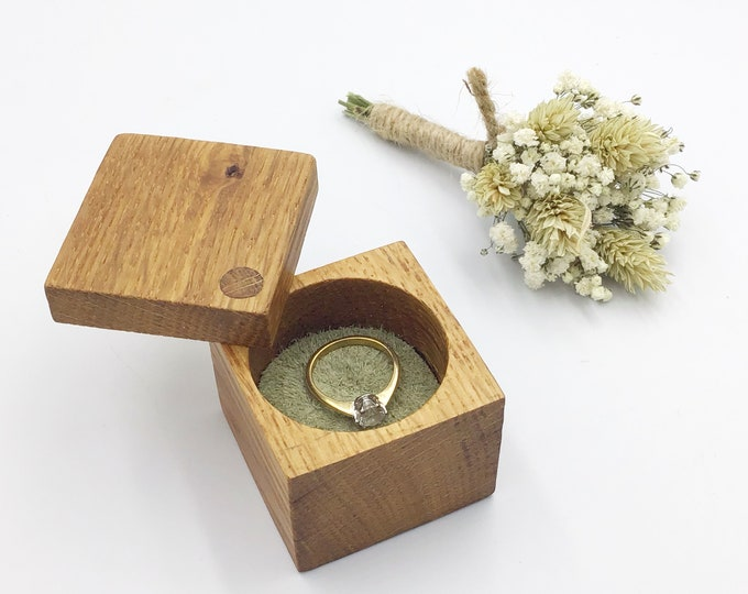 Ring Box - Engagement Ring Holder - Square Wooden Ring Box - Sustainable Wooden Box with Suede Inlay (range of colours available) - Oak Wood
